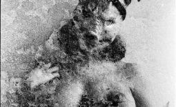 Naked:#she